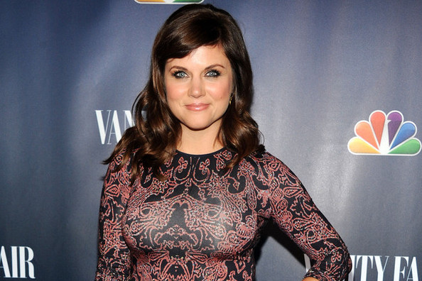 Tiffani Thiessen Talks Fashion, Crop Tops, and What Really Gives a Woman Confidence