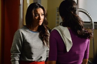 'Pretty Little Liars' 5.19 Recap: Thy Bloody and Invisible Hand