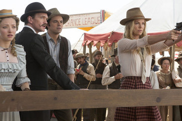 Zimbio Flash Film Review: 'A Million Ways to Die in the West'