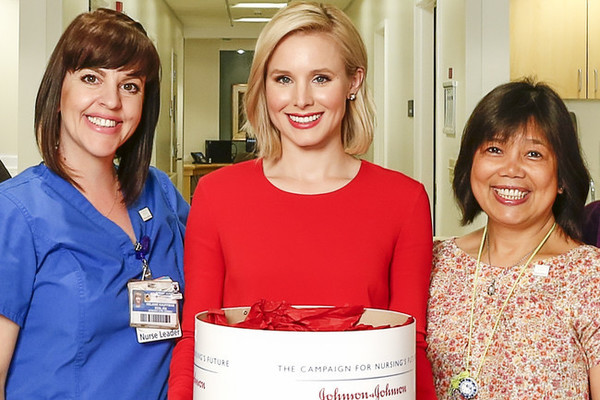 Kristen Bell Visits L.A. Hospital to Support National Nurses Week, Talks Importance of Helping Others