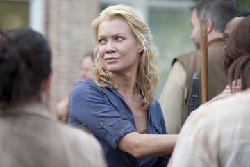 'Walking Dead' Star Laurie Holden Fights Crime in Her Free Time