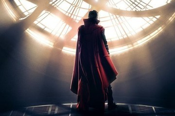 Benedict Cumberbatch Gets Mystical in First 'Doctor Strange' Trailer