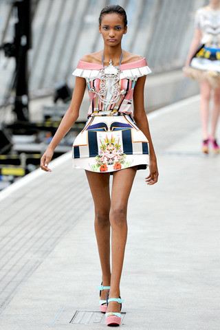 Mary_katrantzou_spring_2011_ready-to-wear-4