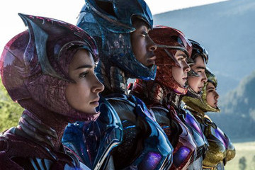 New 'Power Rangers' Costumes Revealed with the Masks Off