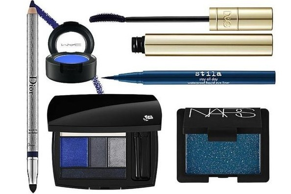 A Lesson on Mastering Blue Eye Shadow