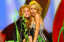 Mary-Kate and Ashley Olsen's Greatest Anti-Olsen Moments