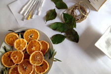 DIY Tabletop: Easy Citrus Garland