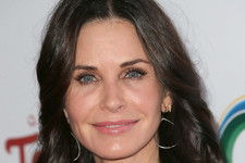 Courteney Cox Talks Plastic Surgery, Addresses the Pressure to Maintain a Youthful Appearance in Hollywood
