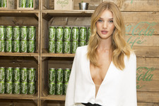 Rosie Huntington-Whitely Wants You to Have a Coke