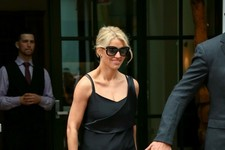 Jessica Simpson Looks Chic in All Black
