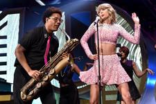 Taylor Swift Shakes It Off at the iHeart Radio Music Festival