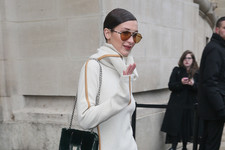 Look of the Day: Bella Hadid's Casual Chic
