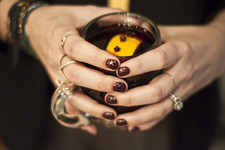 Sips and Tips: Mulled Wine and a Dotted Manicure