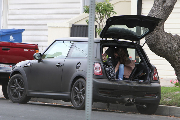 "Actress Kristen Stewart gets into a minor accident in Hollywood.  The ""Twilight"" star exchanges information with the party involved and empties her Mini Cooper before the damaged vehicle get towed."