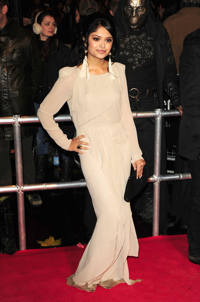 "Afshan Azad - Red Carpet at the ""Harry Potter And The Deathly Hallows: Part 1"" Premiere"