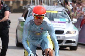 Alexander Vinokourov Ramunas Navardauskas of Lithuania in the men's individual time trial in cyclism at the 2012 Olympics in London