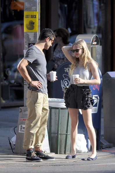 "Amanda Seyfried Amanda Seyfried and on-again off-again boyfriend Dominic Cooper have a chat on a street corner after getting a cup of coffee together. The ""Mamma Mia!"" co-stars looked to be enjoying themselves as they strolled around New York City."
