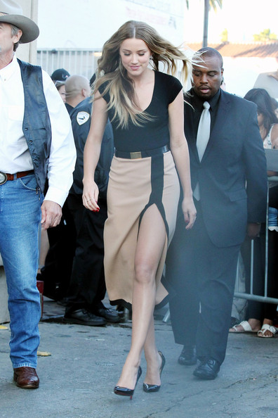 Amber Heard - Amber Heard Shows Some Leg on 'Jimmy Kimmel Live!'