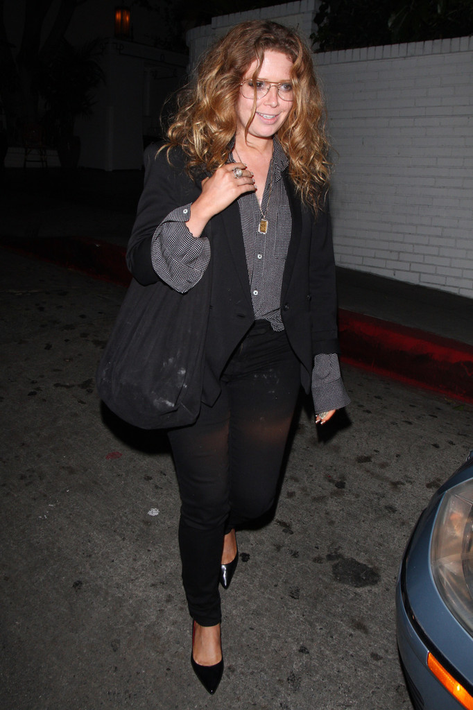 american pie actress natasha lyonne leaves the chateau
