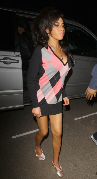 Amy Winehouse Pics Official Cause Of Death Not Yet Reported Amy Winehouse Zimbio