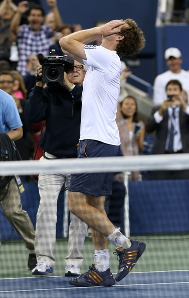 US OPEN 2012 : les photos et vidéos - Page 7 Andy+Murray+Ivan+Lendl+barely+flashes+smile+KjzJb5xnhukl