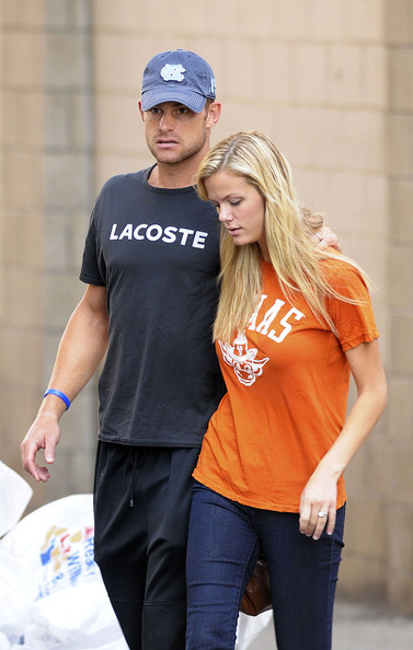 Andy Roddick and Brooklyn Decker - Brooklyn Decker and Andy Roddick in New York