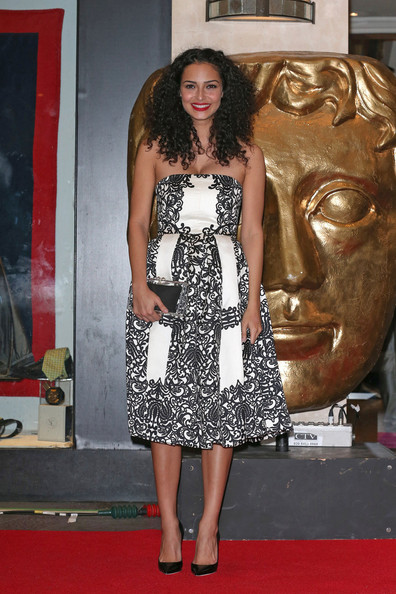 anna shaffer cleavage