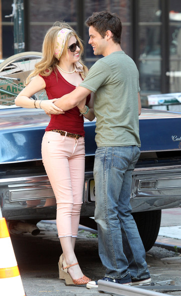09d5de8c3d4a6e Anna Kendrick and Jeremy Jordan Photos Photos - Anna Kendrick and ...