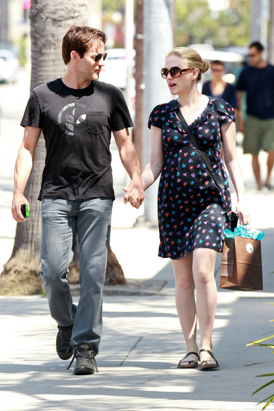 Anna Paquin and Stephen Moyer Take a Walk