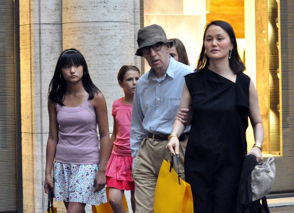 Soon Yi Pictures Woody Allen and Soon Yi in Rome -