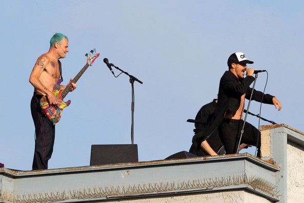 anthony kiedis pictures red hot chili peppers rooftop concert zimbio. Black Bedroom Furniture Sets. Home Design Ideas