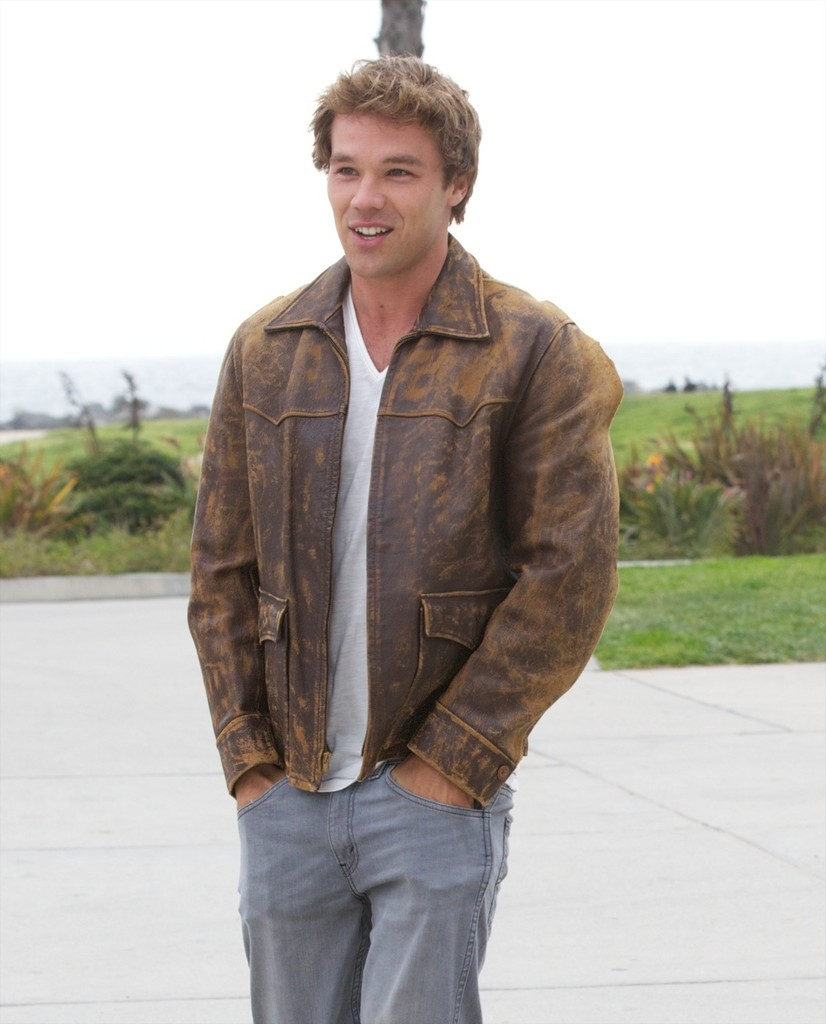 lincoln lewis - photo #26