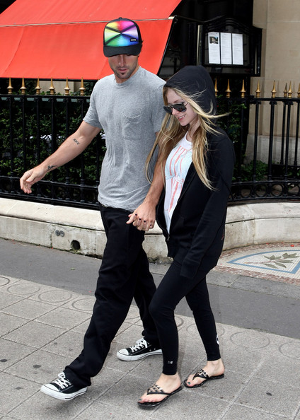 Avril Lavigne and Brody Jenner in Paris []