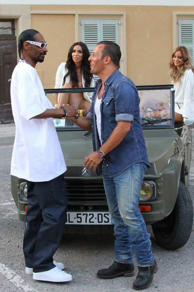 Snoop dogg and jean roch film a music video zimbio for Snoop dogg fish hat