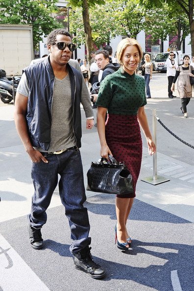 "Beyonce Knowles Ooh La La! Beyonce and Jay-Z garner attention from fans as they arrive back at their hotel in Paris. Beyonce is currently promoting her new single ""Girls (Who Run The World)"" in Europe. There is speculation that the couple may perform at the Royal Wedding later this week."