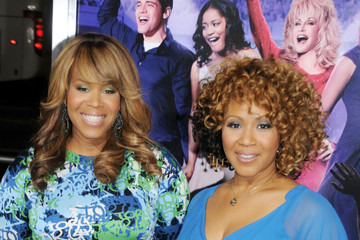 Mary Mary Celebs at the 'Joyful Noise' Premiere in Hollywood