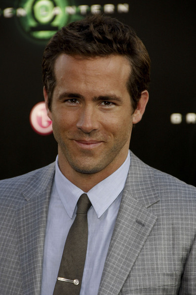 ryan reynolds green lantern underwear. Ryan Reynolds at the Los