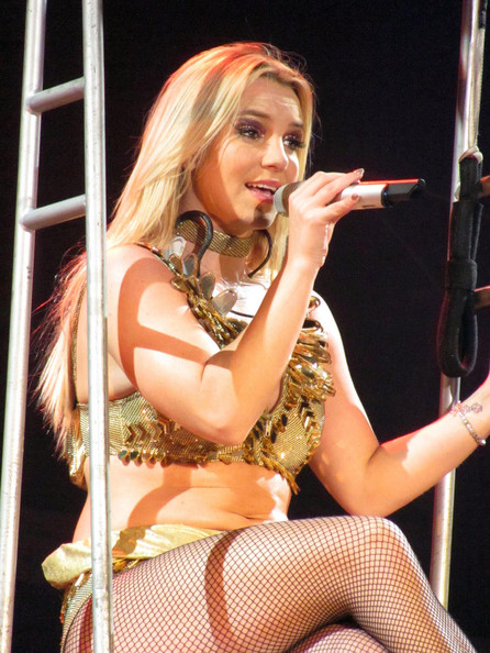 Britney Spears Pictures - Britney Spears Live in the UK ... Britney Spears Tickets