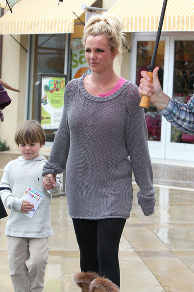 Britney Spears Shops at Gymboree