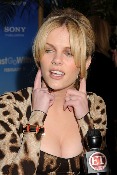 brooklyn decker just go with it. Brooklyn Decker Brooklyn