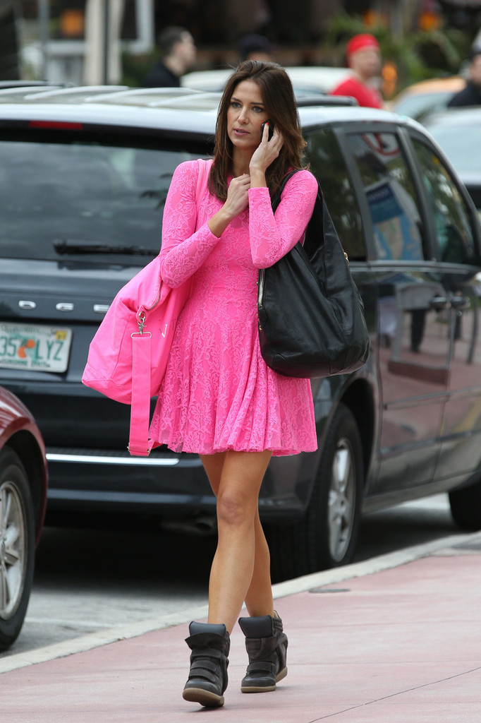 Canadian Actress Nikki Novak Is Pretty In Pink While Out