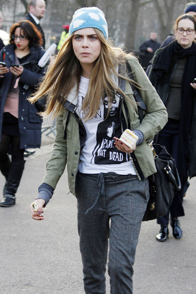 Cara Delevingne Photos Photos Arrivals At The Burberry