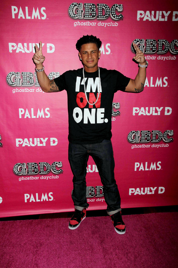 dating show with pauly d With calum best, brandi glanville, paul 'pauly d' delvecchio, jessica white television series on the e network which follows 8 single celebrities who all move in together and solve their romantic problems.