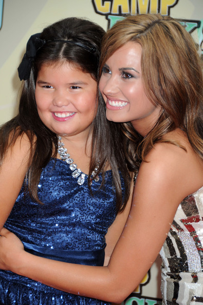Demi Lovato Demi Lovato and little sister Madison de la Garza at the New York premiere of the Disney movie