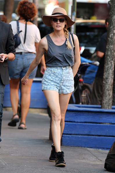Diane Kruger beats the New York City heat with high-waisted shorts ...