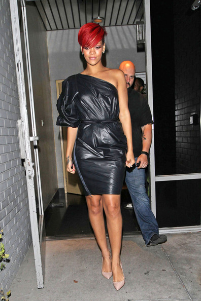 rihanna undercut hair. pictures 2011 undercut hairstyle Perms rihanna undercut hairstyle.