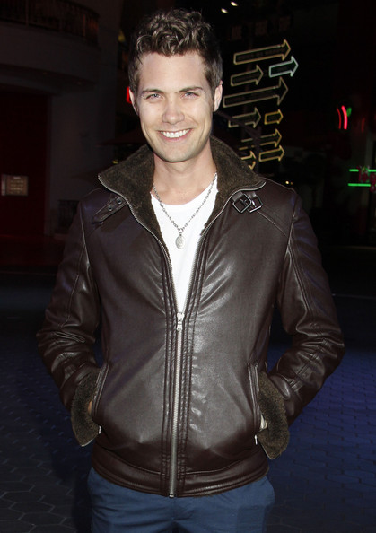 Drew Seeley - Gallery Photo Colection