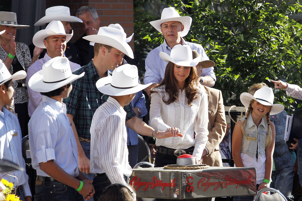 Prince William Photos Photos The Duke And Duchess Of