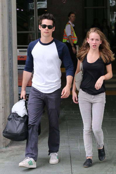dylan o brien dating britt robertson 2014 Loads of rumours have been circulating online lately, claiming that bae dylan o' brien has broken up with his actress gf britt robertson, but.