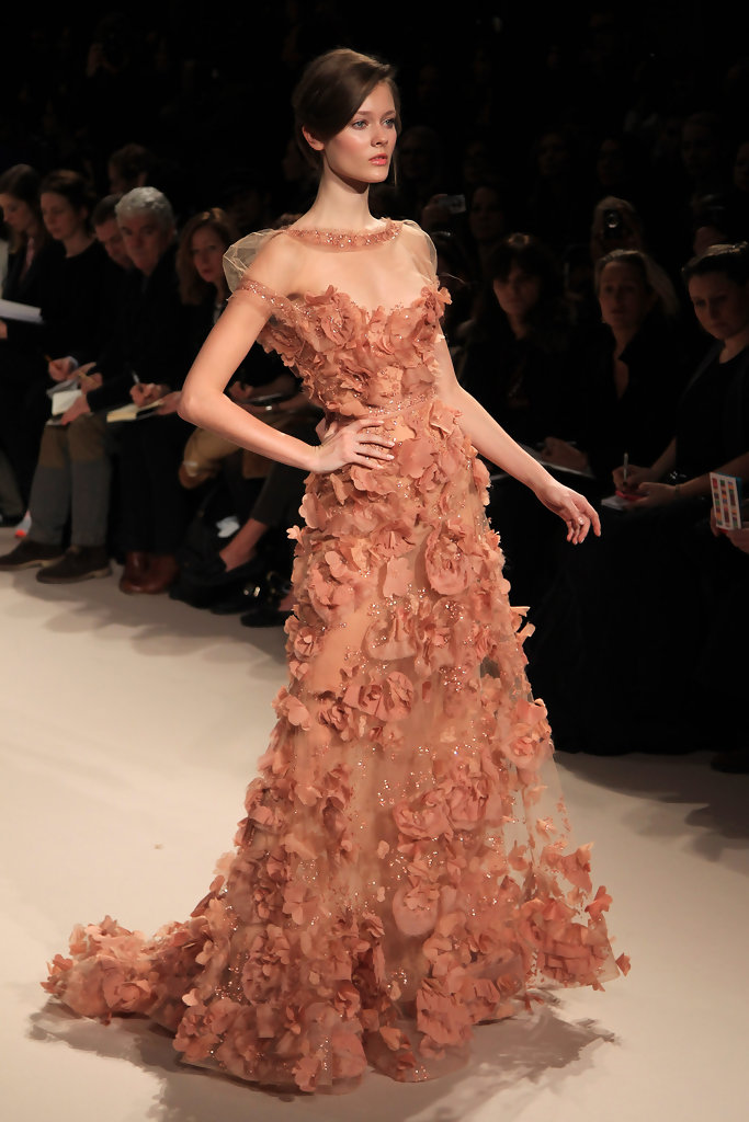 Elie saab spring 2011 haute couture show zimbio for Haute couture fashion
